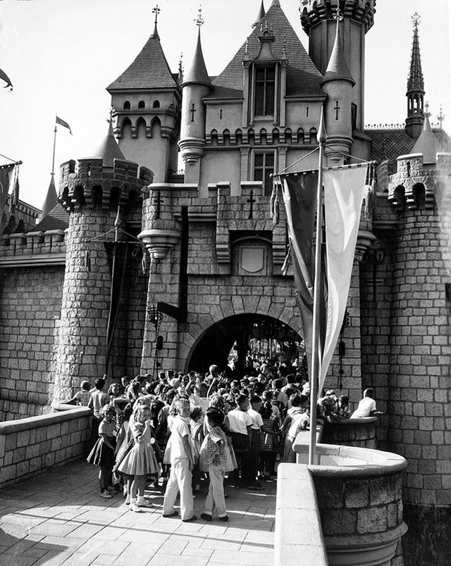disneyland, children, opening, caste, animation, film, amusement park, park