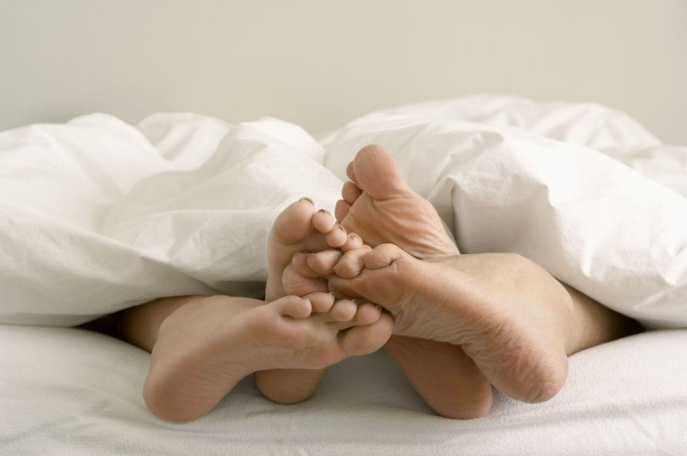 Alvópózok amik mindent elmondanak a párkapcsolatodról 8