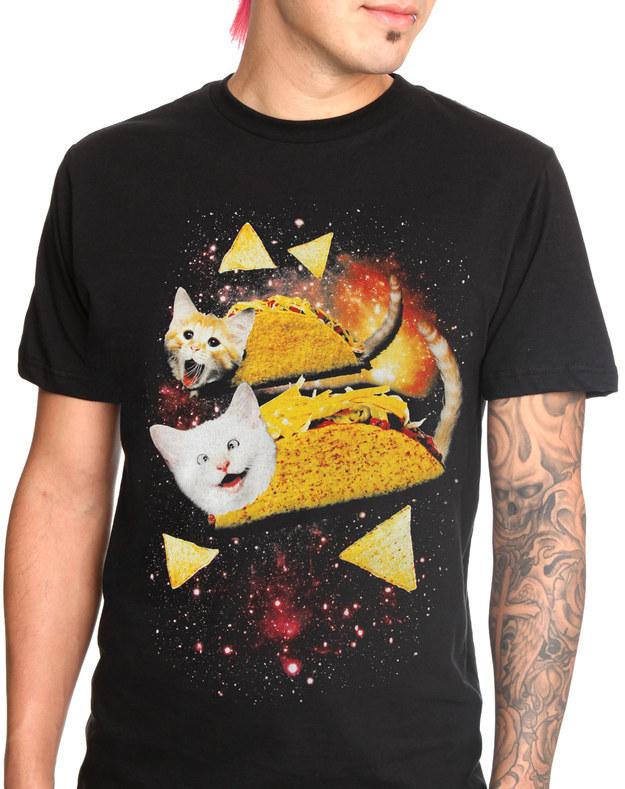 cfbeb72a2f Mert az igazi férfiak szeretik a macskákat. Pont. A világűrben sonkás  szendvicsen szörfölő két kismacska vitte nálunk a prímet, de a purritós is  nagyon ott ...