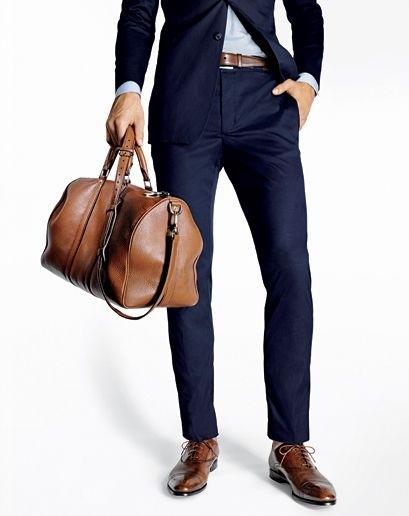 6875b7820307 4: Az öltönyödnek olyan hosszúnak kell lennie, hogy leérjen a cipzárad  aljáig és fedje a hátsódat