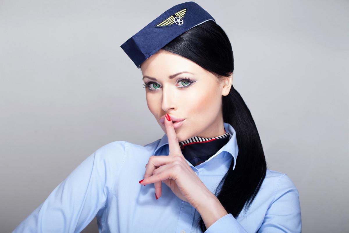 szex repülőgépen videók