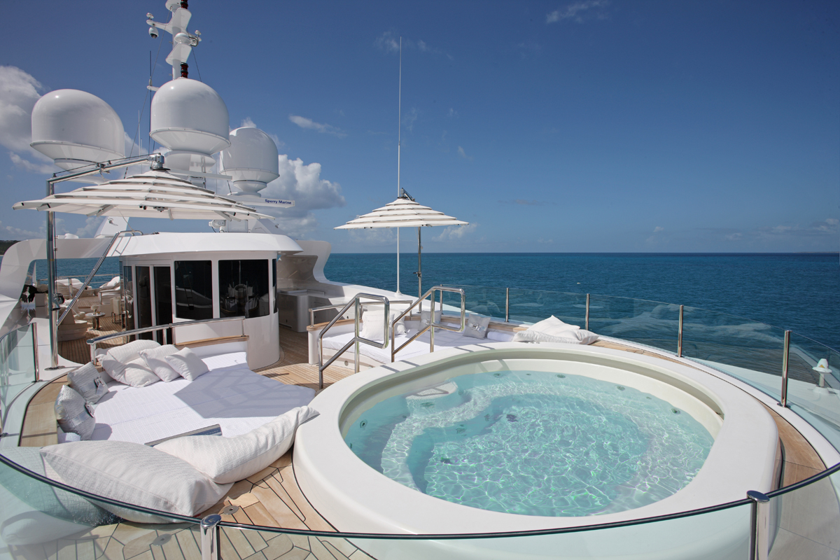 luxury, yacht, billionaire, jacuzzi, highlife, luxurious, ocean, sunshine, party, lady luck