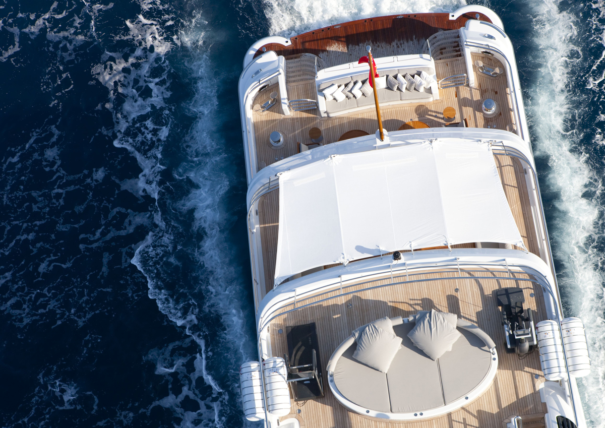 luxury, yacht, billionaire, jacuzzi, highlife, luxurious, ocean, sunshine, party, spirit