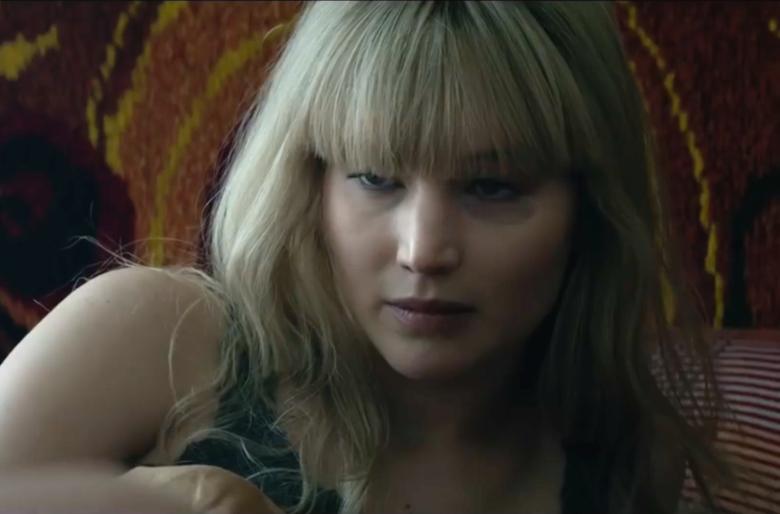 Jennifer Lawrence meztelenül bunyózik a Red Sparrow új