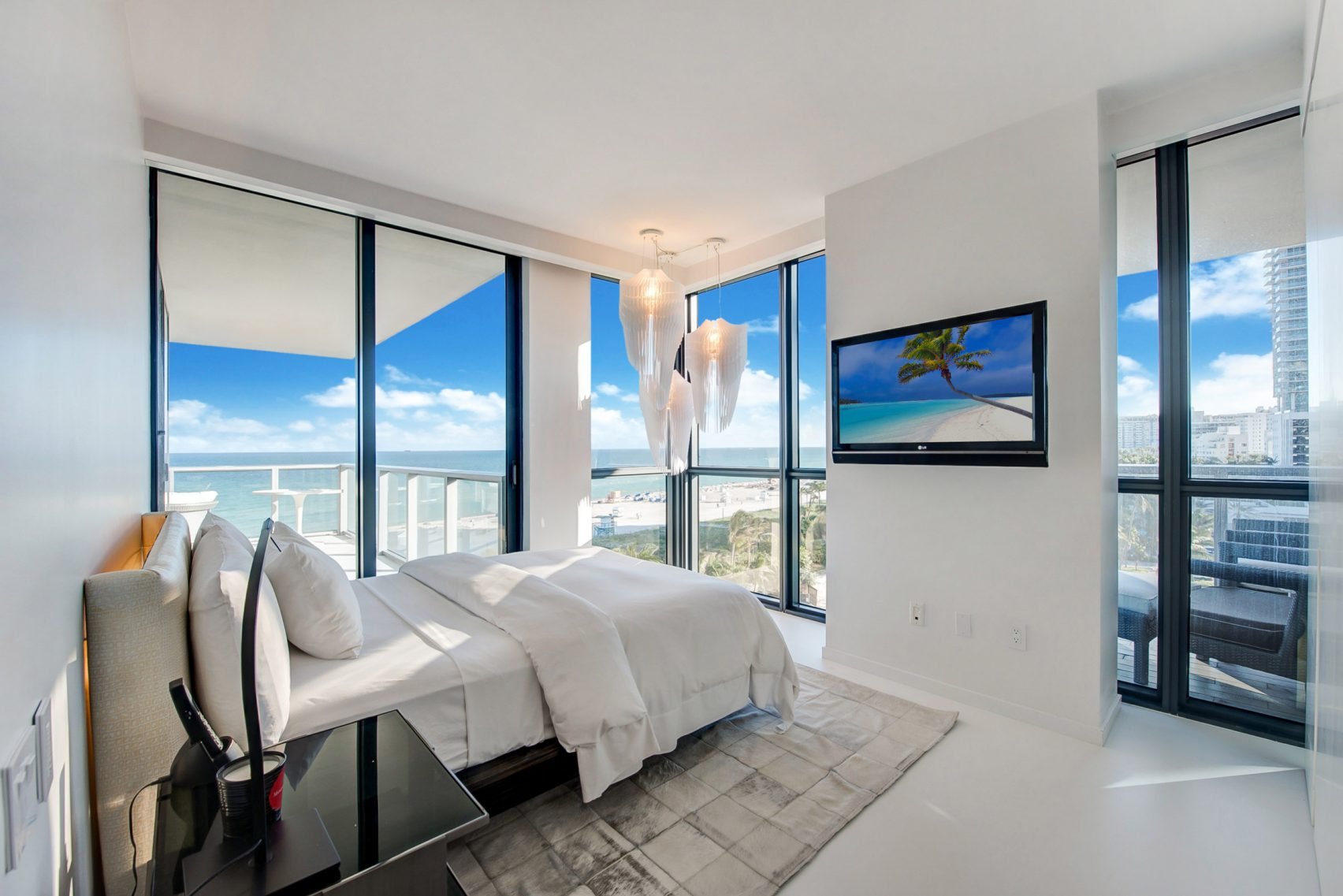 design, luxury, penthouse, american, miami, modern, zaha hadi, beach, architect, villa, billionaire, house, usa, bedroom, view