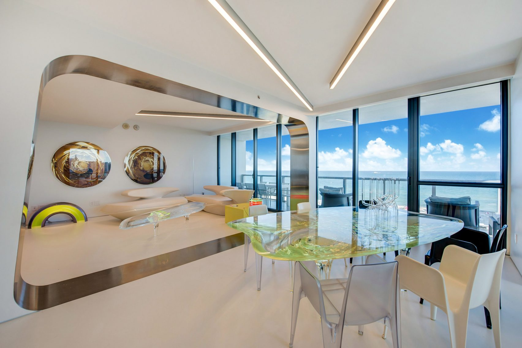 design, luxury, penthouse, american, miami, modern, zaha hadi, beach, architect, villa, billionaire, house, usa, livingroom