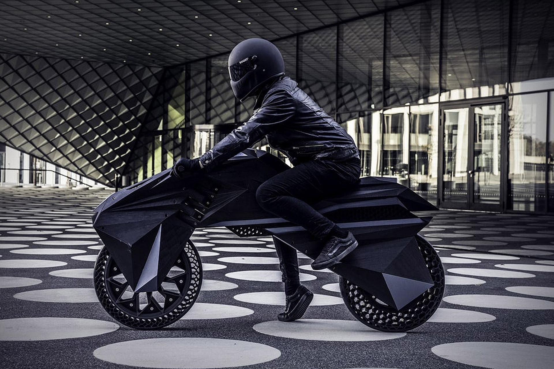 Xxx motorkerékpár