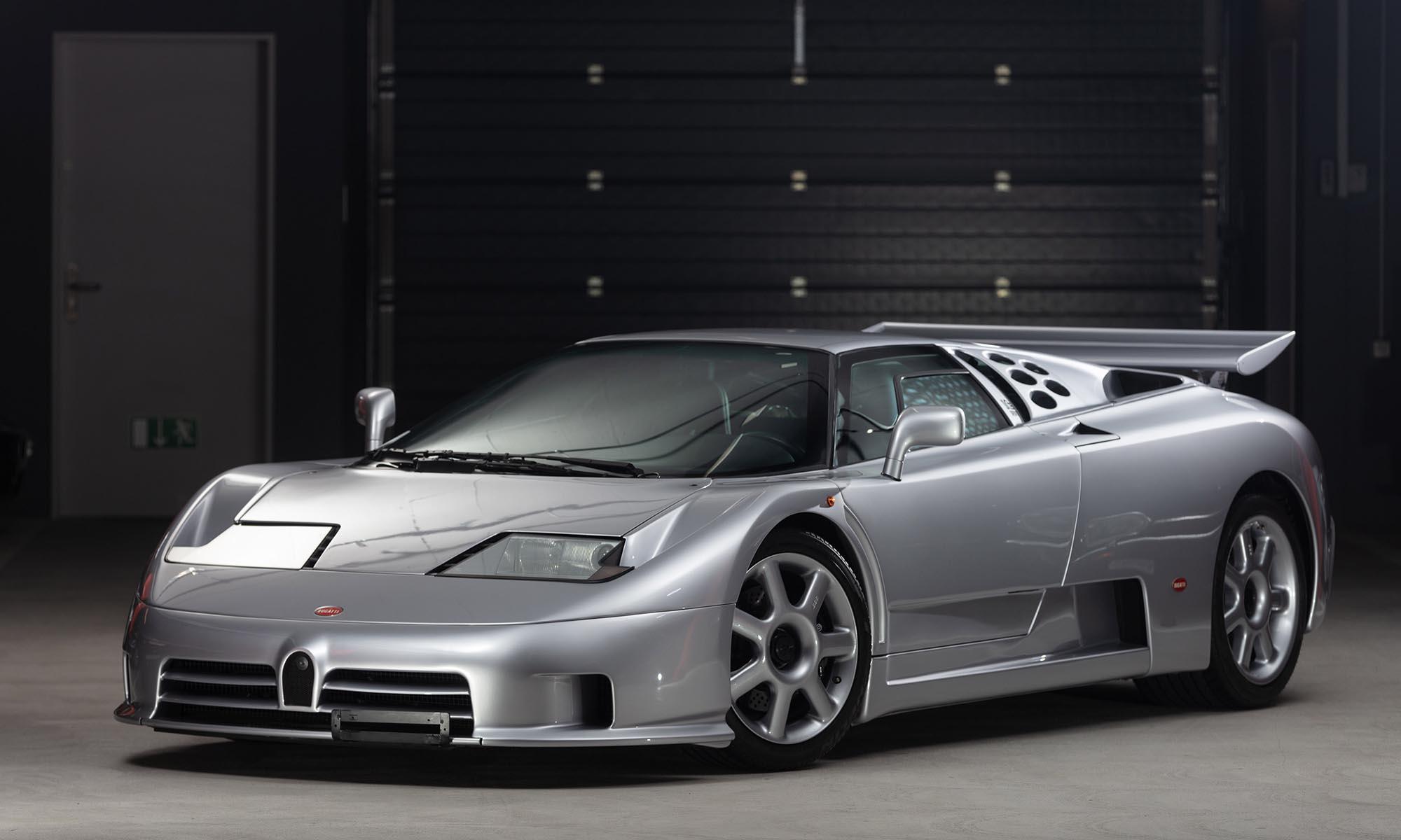 Annyira új ez a 25 éves Bugatti EB110, amennyire csak lehet
