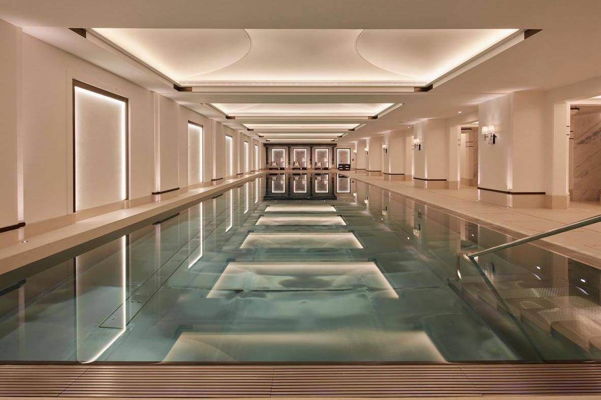 London, center, top pool, luxury, Embassy Gardens, Nine Elms, south London, aparmant, Aquatic, arm race, private swimming pool, pool, billionaire, rich, luxurios, vip, lifestlye,