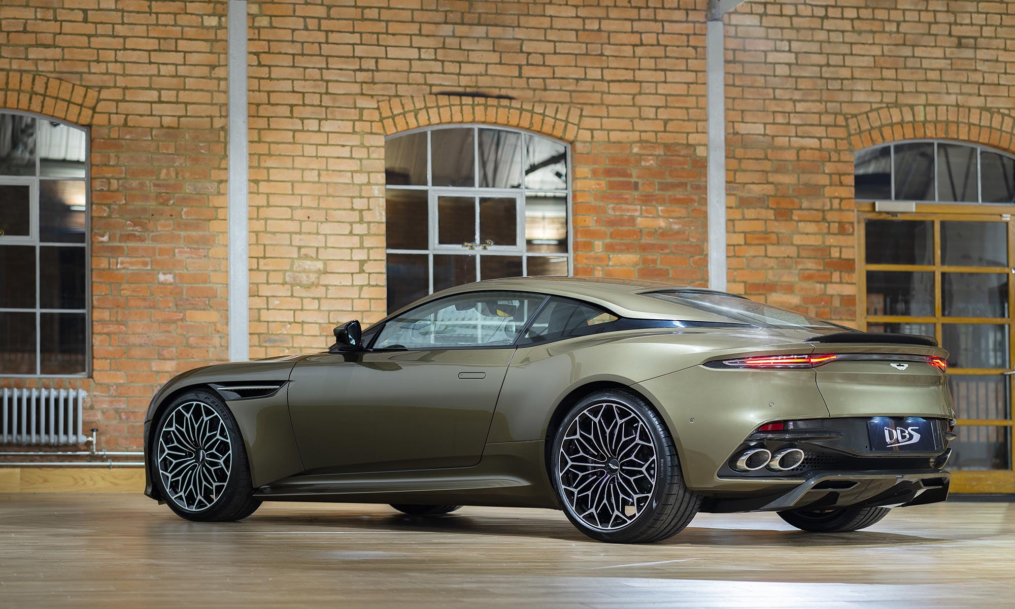 DBS Superleggera, Special Edition, Aston Martin, On Her Majesty's Secret Service, YouTube Video, photos, car, top car, fastest car, luxury car, black leather, seat, red edge, top movie, best movie, 007, James Bond, sports car,