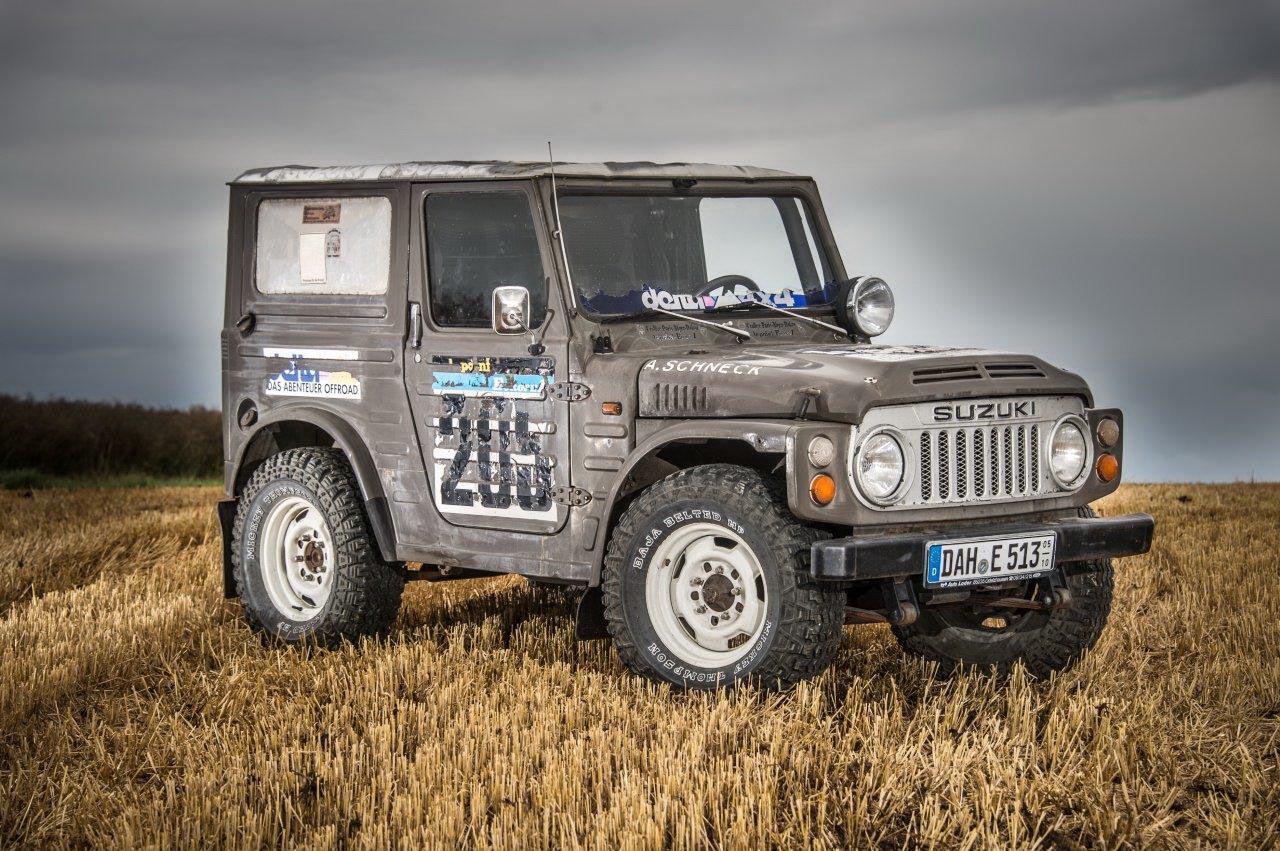 A Dakar-ralin is indulhatna ez az átépített Suzuki Jimny