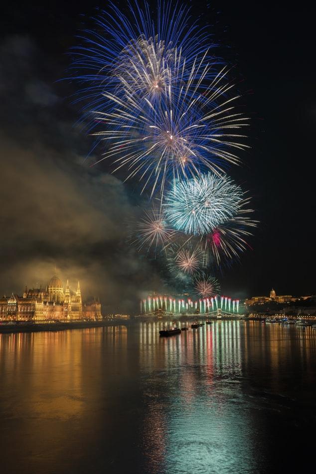 A hétszázmilliós kilátás: ezekből a budapesti luxuslakásokból a leggyönyörűbb a tűzijáték