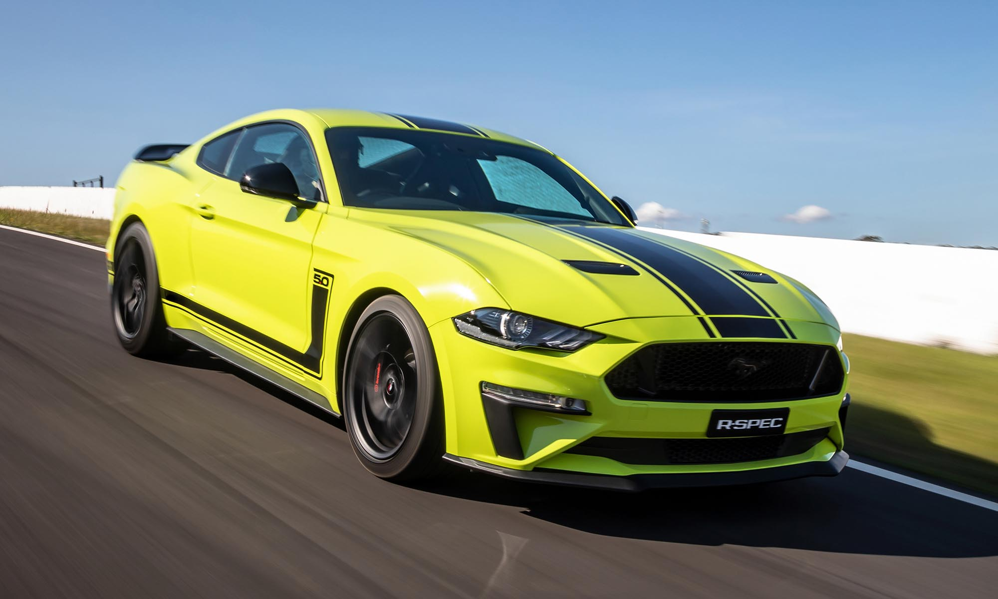 Ford Mustang R-Spec, six-speed manual gearbox, Herrod Performance, sport, race, normal, Blue Oval's Australian division, Ford, Ford Mustang, Mustang, car, cars, supercars, instacars, carpic, automobile, lovecars, horsepower, exoticcars, supercharged, boosted, carlover, hypercar, dreamcars, luxury, modified, tuning, turbo, fastcar, racecar, motorsport, engine, carshow, carspotting, automotive, autos, carswithoutlimits, carlifestyle, tuning, tuningcar, carsfromgermany, drive, vehicles, speed, v8, youtube, video